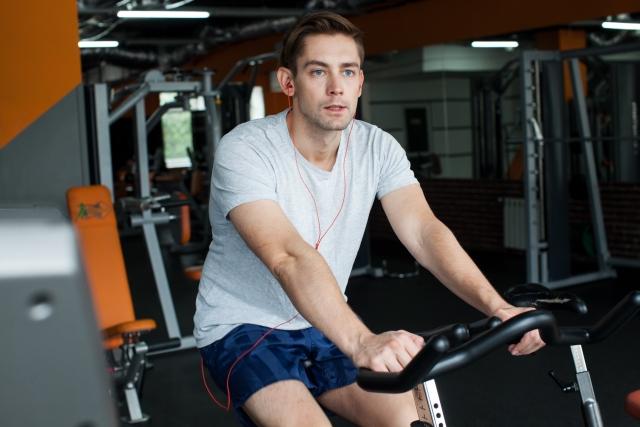 サラリーマン30歳が週一で10ヶ月筋トレを続けた結果